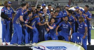 MI wins the IPL 2020 and lifts the cup
